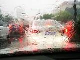 雨刷保养不可忽视 玻璃驱水剂效果体验