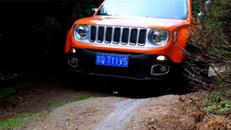 Jeep自由侠四驱版越野