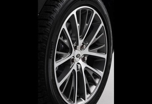 配4.4L V8和8AT 2011款揽胜正式发布!