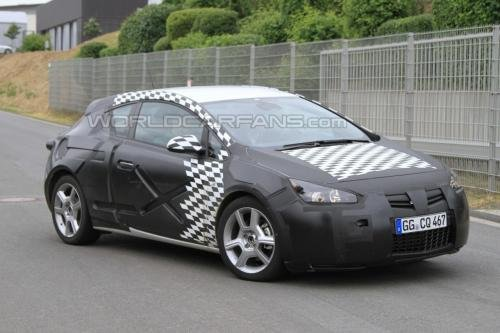 未来或将国产 英朗原型车高性能版曝光