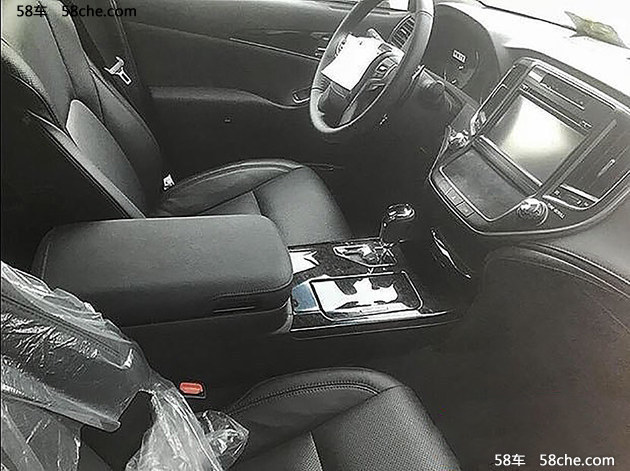 国产新款皇冠路试谍照 取消2.5L发动机