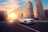 新一代S级轿车 巅峰之顶 引领未来