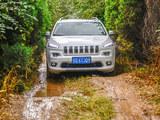 Jeep自由光性能测试 高通过性的城市SUV