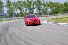 4驱运动中型车 赛道抢先试驾铃木凯泽西