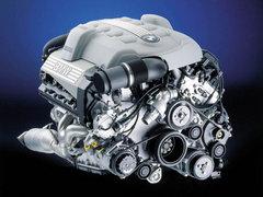不要低估冠军的心 装备十佳发动机的车
