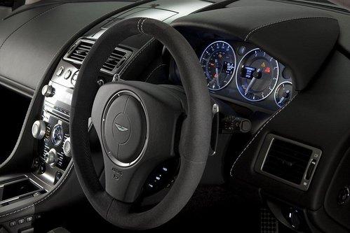 阿斯顿.马丁推V8 Vantage N420特别版