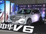吴秀波领衔助阵 中华V6时装盛典之夜举行