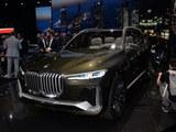 宝马X7量产版或明年3月亮相 新旗舰级SUV
