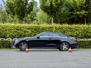 奔驰E300 轿跑车性能测试 绅士玩转运动