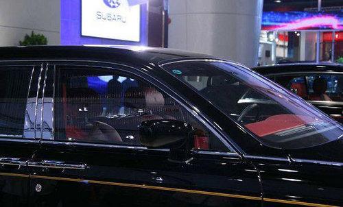 镜头对准广州车展 劳斯莱斯幻影实拍