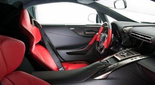 行驶的艺术 抢先试驾2011款雷克萨斯LFA