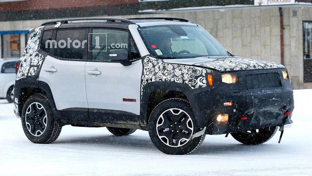 Jeep新款自由侠测试谍照 最快3月份亮相