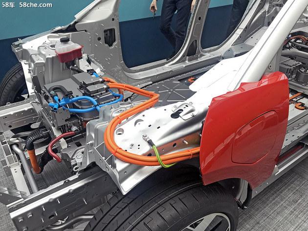 首款电动SUV 捷豹I-PACE动力充足