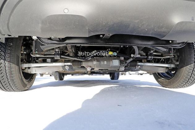 雷诺全新SUV测试车曝光 较科雷嘉更大