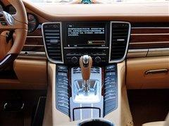 百万级轿跑入门之争 PanameraVs5系GT