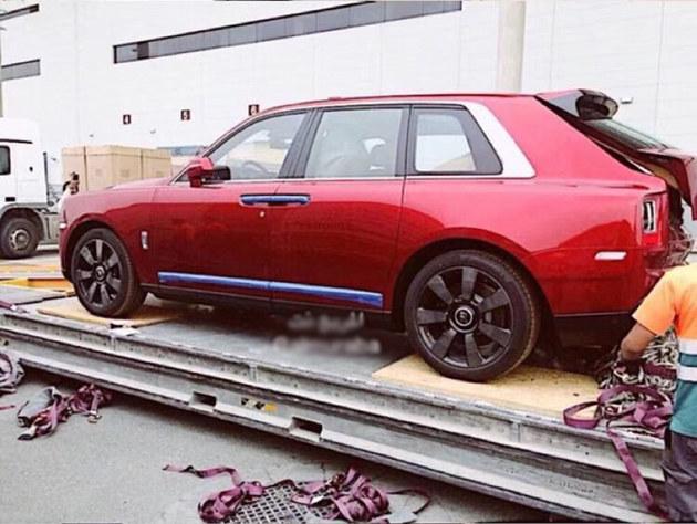 库里南迎来全球首位车主 加价63.9万美元