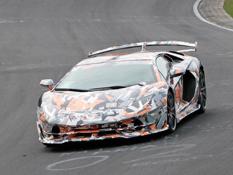 兰博基尼Aventador SVJ