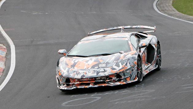 兰博基尼Aventador SVJ将于8月28日亮相
