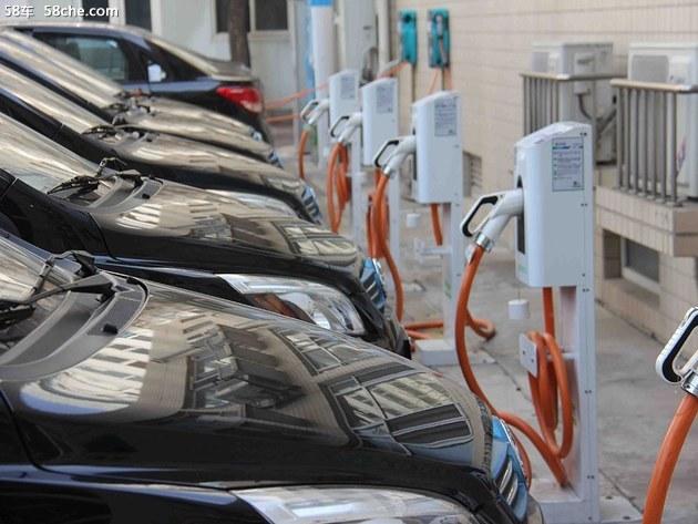 8月新增3959个 充电桩累计达到27.9万个