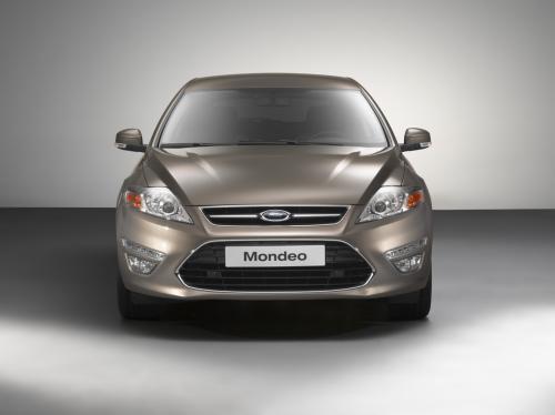 配2.0T发动机 福特改款蒙迪欧首发亮相 图30