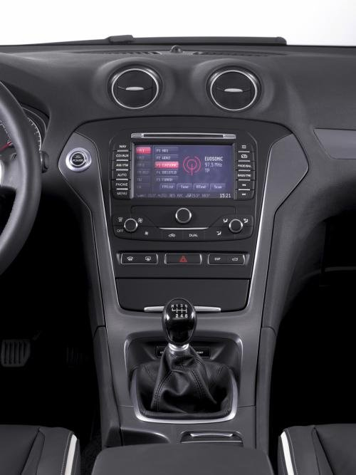 改款蒙迪欧中控台-配2.0T发动机 福特改款蒙迪欧首发亮相高清图片