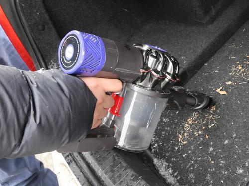 从戴森到小狗 车载吸尘器性能对比测试