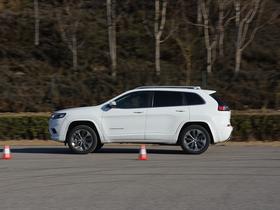 Jeep自由光2.0T测试体验