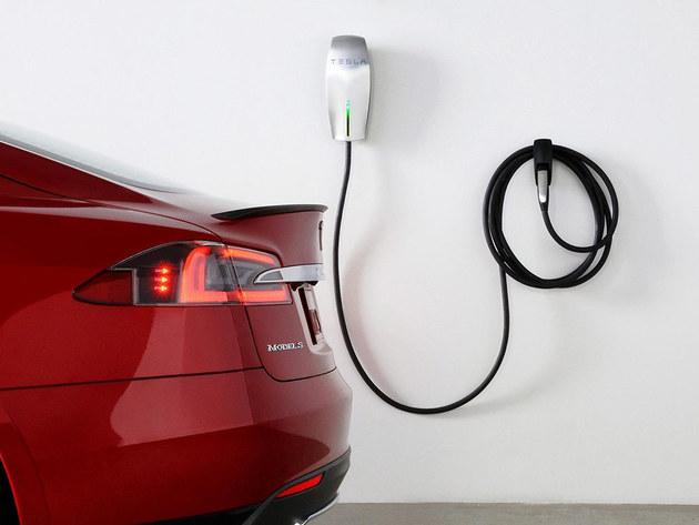 特朗普提议 取消电动车联邦税收优惠政策