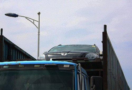 东风裕隆新车将出 纳智捷SUV国内谍照
