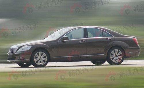 标准轴距版 奔驰S级轿车国内路试详解