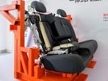 荣威一体式儿童安全座椅
