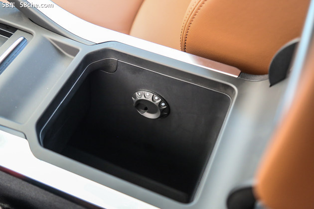 保值率最高的自主品牌SUV,如今有了孪生兄弟?