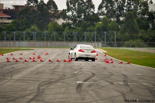 狂野且凶猛 赛道试驾英菲尼迪G系列