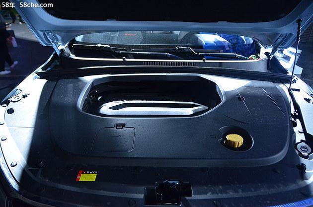 新宝骏RS-3正式上市,售价7.18万元起
