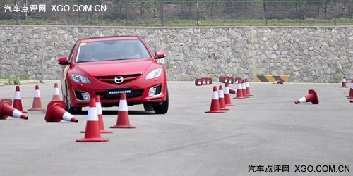 日系运动中型车的较量 思铂睿对比睿翼