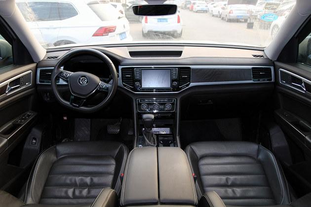 轿车空间不够用  换辆大众途昂怎么样?