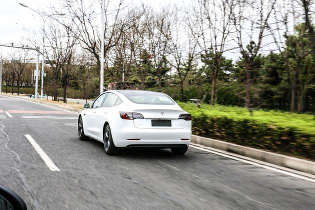 百公里加速5.6秒 特斯拉Model3试驾体验