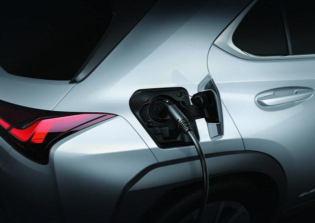 雷克萨斯首款纯电车型UX 300e正式上市