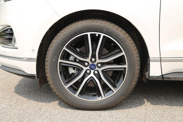 30万就能买大型高性能SUV?福特锐界值不值