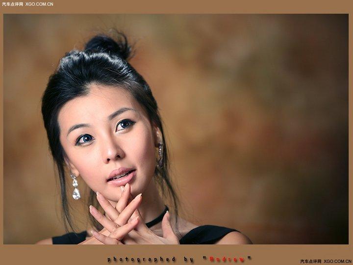 李智友整容前写真 香车美女