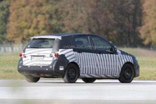 将推出AMG版本 2012款奔驰B级谍照曝光