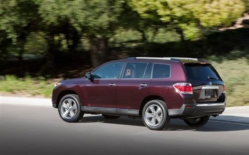 三代SUV进化论 试驾2011款丰田汉兰达