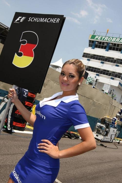 品味拉丁风情 围观F1巴西站之赛车宝贝