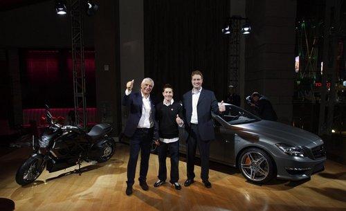 跨行业的合作 奔驰AMG正式联手杜卡迪