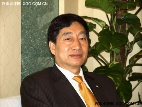 王法长:银行的管理体系 能有效控制风险