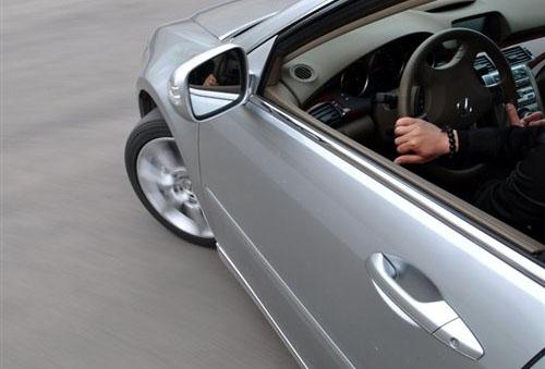 以静制动学问大 日常驾驶刹车技巧分享