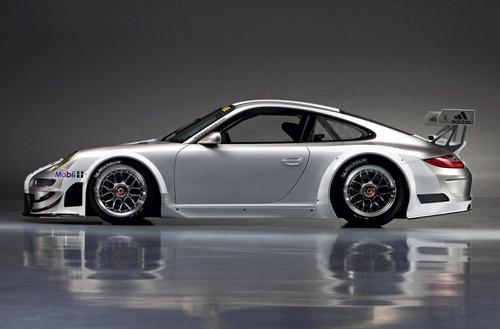 全面升级 保时捷发布新款GT3 RSR赛车
