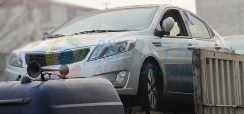 上海车展首发 起亚K2高配版无伪装谍照