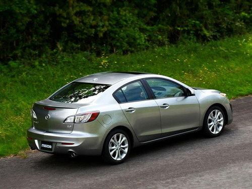 与海外版相似 新Mazda3三厢上海首发
