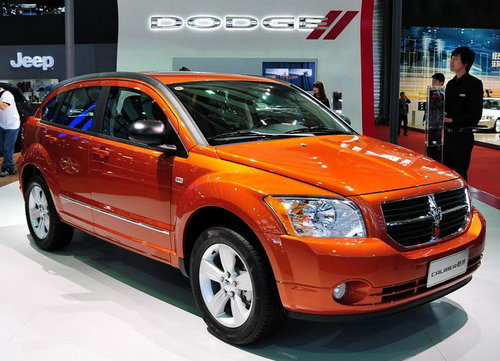 汽车销售服务公司了解到,目前2011款君威有现车销售,车型基本